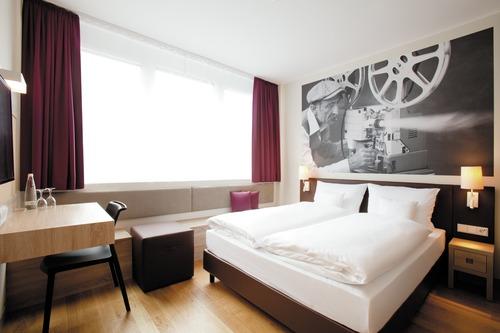 Vienna House Easy München
