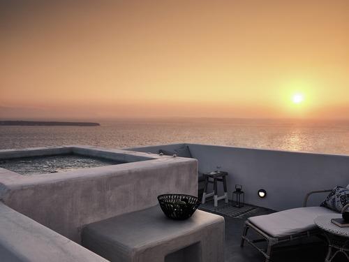 Santo Maris Oia Luxury Suites & Spa