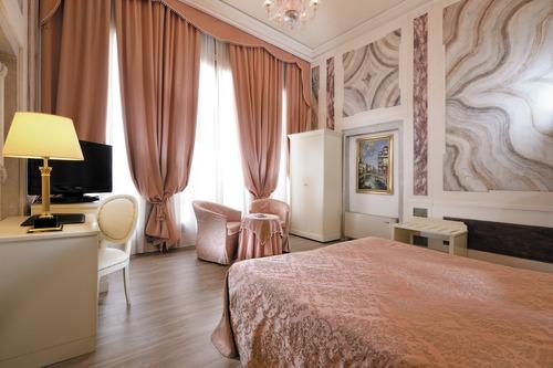 Duodo Palace